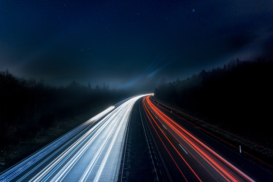 España acelera hacia las carreteras inteligentes