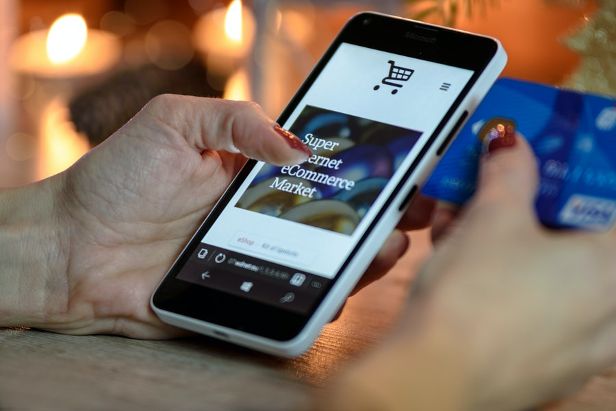 """El nuevo perfil del consumidor español: """"mobile first"""", cada vez más digitalizado y exigente con las marcas"""